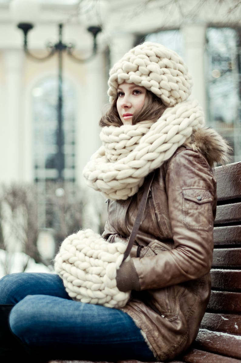 Chunky knit  accessories set. Chunky hat  beanie oversized image 0