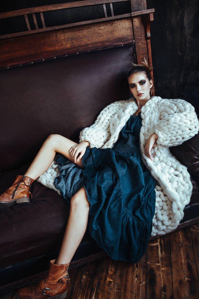 Chunky knit cardigan. Giant knit coat. Chunky knitting. Her image 0