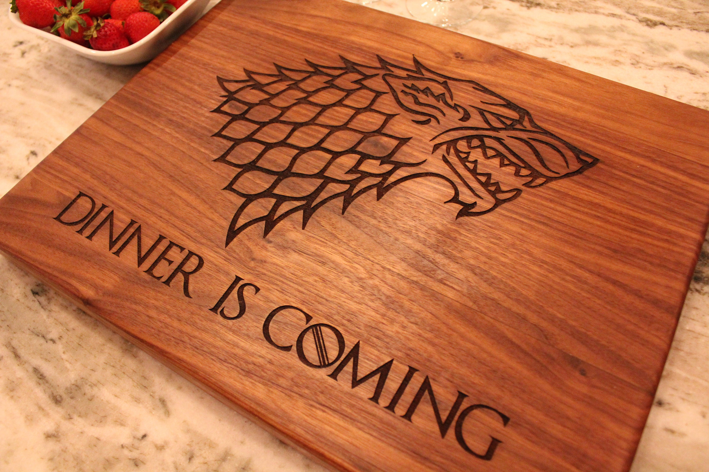 Game of Thrones Gift Cutting Board Dinner is ing GOT