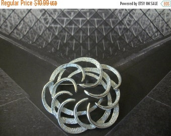 ON SALE Vintage SARAH Cov Signed Over Sized Silver Textured Metal Pin 92716