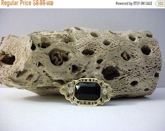 ON SALE Vintage Gold Tone Textured Black Faceted Rhinestones Bar Pin 41218