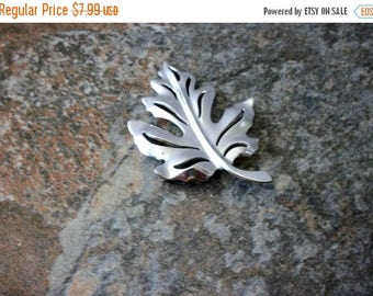 ON SALE Vintage Shiny Silver Tone Metal Leaf Pin 81916