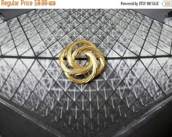 ON SALE Vintage MONET Gold Tone Textured Intertwining Pin 40117
