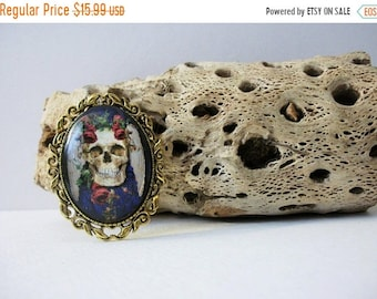 ON SALE Gold Tone Will You Marry Me Bride Lolita Skeleton 3D Effect Scary Halloween Glass Pin 41818