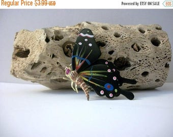 ON SALE Vintage KOREA Stamped Destash Butterfly Pin 91116
