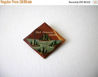 ON SALE Vintage Hand Painted Artisan Wood Work Pin 31217