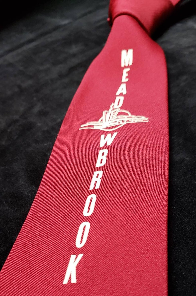 Car Dealership ~ 1950/'s ~ Wide ~ Advertising ~ Tie ~ Meadowbrook ~ Red and White ~ Shopping Center ~ Drive In Restaurant ~ Wow!