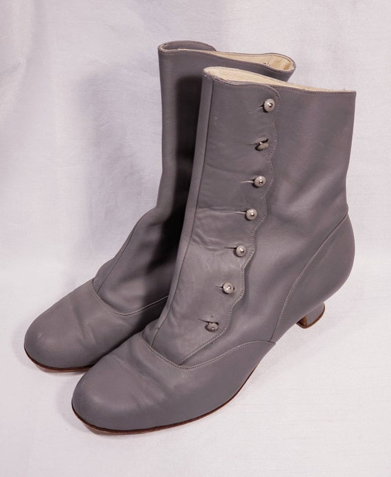 Women's ~ Reproduction ~  Boot ~ Handmade ~ Anello