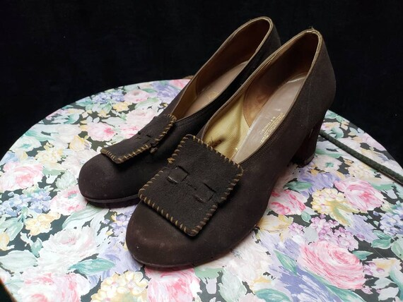 Brown ~ Suede ~ Shoes ~ Vintage ~ 1940's ~ Classic