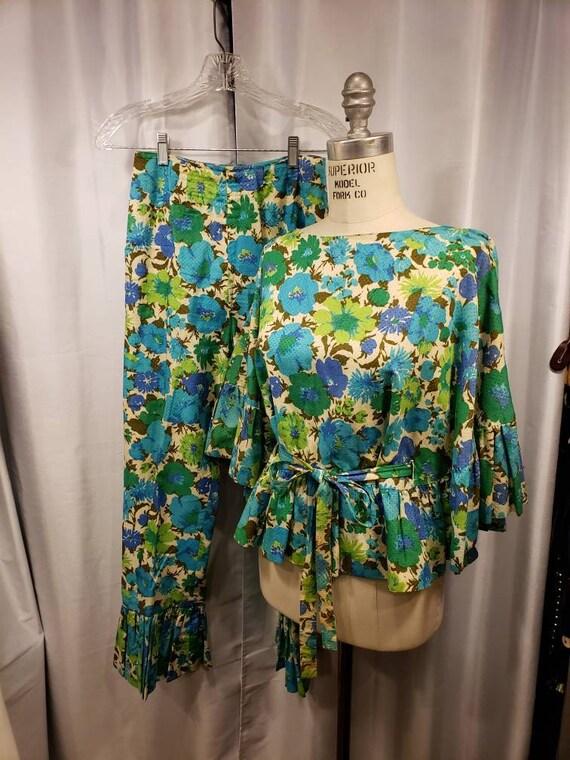 Vintage ~ 1950's ~ 1960's ~ Ms Maisel ~ Pant Suit