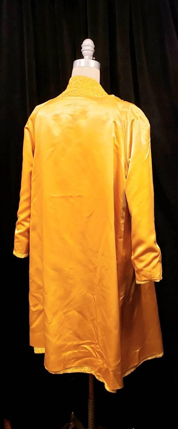 Vintage ~ Womens ~ Gold ~ Embossed ~ Dress & Coat… - image 5