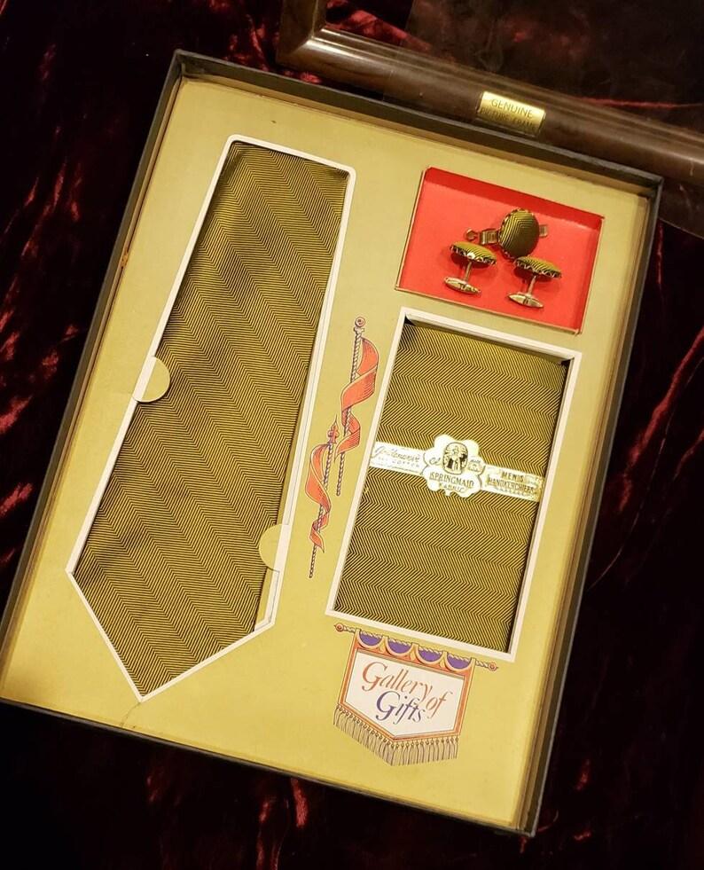 Mens ~ Vintage ~ Beautiful ~ Pocket Square ~ Matching ~ Tie ~ Cuff Links ~ Tie bar ~ NOS ~ L@@k!!!