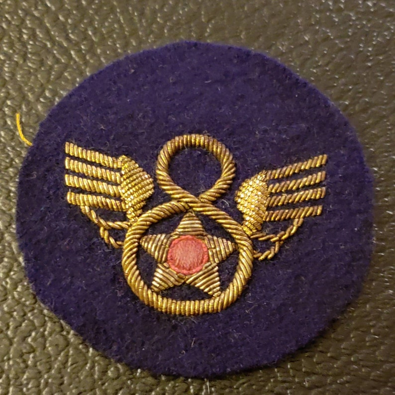 WW2 Rare Stubby Bullion 8th USAAF Shoulder Patch Beautiful Condition a must  see L@@k!!!!!