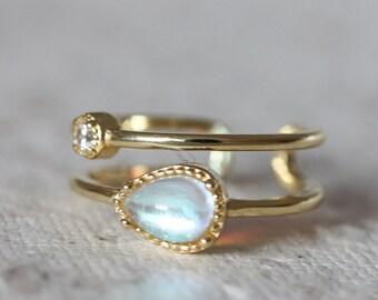 Aurora Moonstone Diamond Adjustable 18K Gold Vermeil Two Liner Ring, Minimal Teardrop Moonstone Gold Ring, Gift for Her