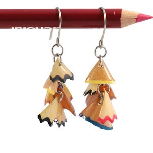 Recycled colour edins in asymmetrical sharpening earrings in resin