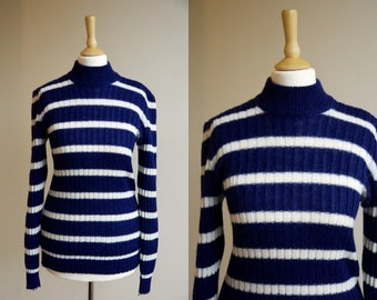 1970s Blue and White Stripe Ribbed Sweater * Size Medium