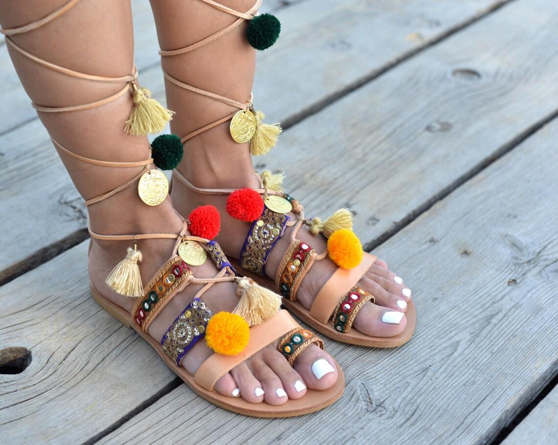 """Sandalias pom pom de cuero, sandalias Pom Pom, sandalias Bohochic, sandalias de cuero embellecidas, sandalias gitanas, sandalias de encaje, sandalias de mujer""""Amasya"""""""