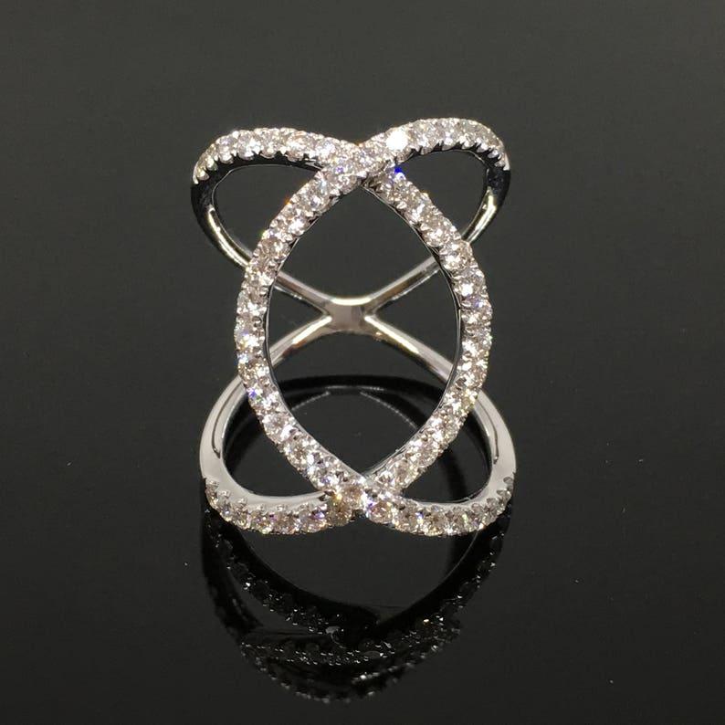 82f450fb9ad2 18K oro blanco ancho trenzado diamante anillo oro blanco
