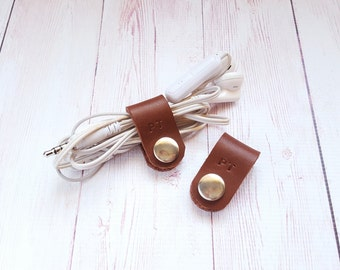 Leather Cable Cord Organizer - Personalized Earphone Wrap - Headphone Organiser - Earphone Organizer Holder - Best friend Gift (Set of 2)