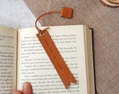Personalised Leather Bookmark - Bookmark for men - 3rd Anniversary Gift - Travelers Notebook Accessories - Gifts for book lovers bookworm
