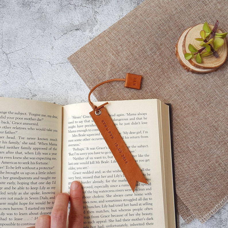 Personalised Leather Bookmark  Bookmark for men  3rd image 0