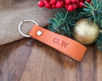 Custom Leather Keychain - Personalized Leather Keyring -  Monogrammed Key Fob - 3rd Anniversary Gift - Gift for Him Men Boyfriend Husband
