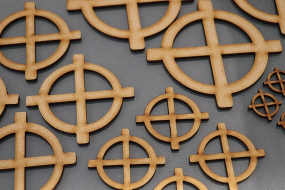 Wooden MDF Target Crosshairs Shapes Bunting Craft Embellishments  Decoration