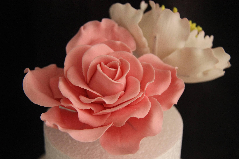 Large Gumpaste White Rose For Cake Decorations Filler Flowers Etsy