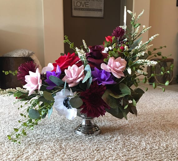 Papwr flower arrangement