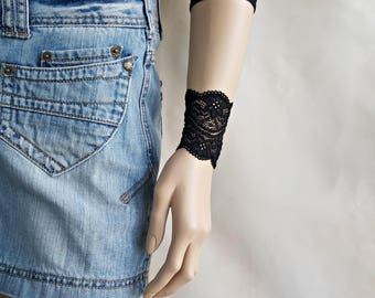 Black lace wrist cuff set Wrist tattoo cover up Cuff bracelet Wide bracelet cuff Womens gift Friends sisters bracelet set Lace bracelet 7073