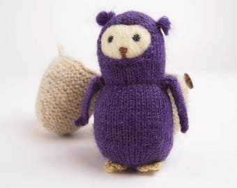 Waldorf toy Owlet in egg house, knitted toy owl, toddler toy, learning toy, soft toy owl, plush owl