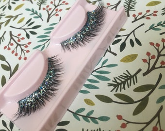 Blue Waters - Baby Blue Holographic Glitter Lashes