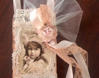 Paris Theme Tag/ Gift Topper/Gift Tag/Door Hanger/Room Decor/Tree Ornament