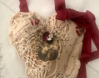 French Theme Heart/Gift/Room Decor/Door Hanger/Gift Topper
