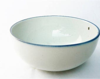 "One Original Dansk Denmark ""Blue Mist"" Soup / Salad Bowl - Vintage Niels Refsgaard Design - Speckled Cream Color w/ Blue Trim, Small, 5""wide"