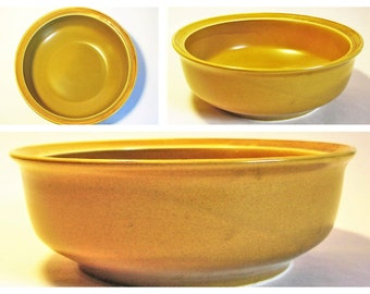 "Large Mustard Yellow-Brown Color Stoneware Bowl - Big Ocher Ceramic Mixing Pasta Salad Serving Container Bowl by Independance Japan 10.5""x4"""