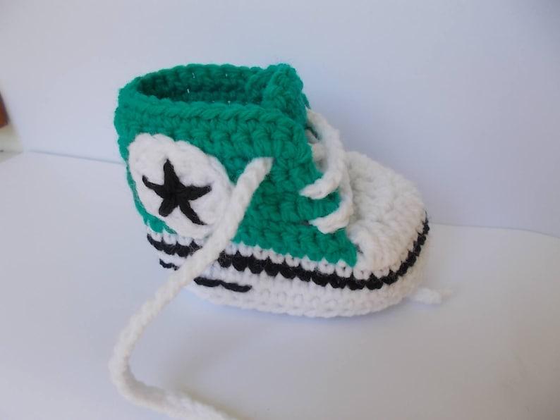 8c7a051e7051 Crochet Converse All Star Crochet Baby Shoes all star baby