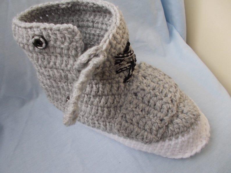 88b39510aa5 The Yeezy Boost 750 Yeezy 750 Boost man crochet slippers