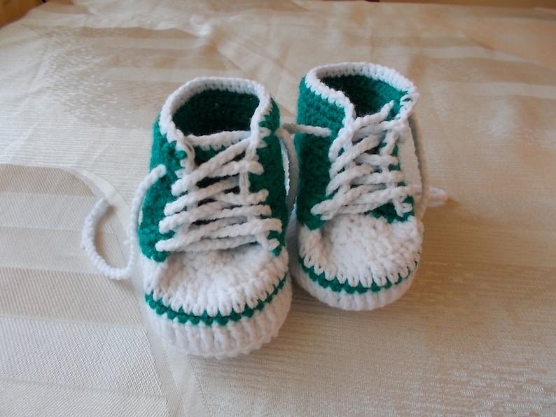 factory authentic 87e6f f268b Turnschuhe Baby Converse häkeln, häkelarbeitbaby Stiefel, Babyschuhe  häkeln, häkeln Baby Booties, Baby Sneakers, handgefertigten sneakers