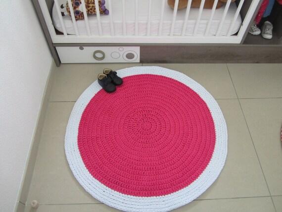 Tapis chambre bébé fille rose fuchsia et blanc pour chambre fille, tapis  rond au crochet durable