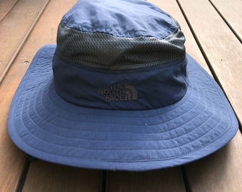 505ad2a0bae Vintage 90 s The North Face Embroidered Unisex Blue Bucket Hat Retro Hip Hop  The North Face Sportswear Streetwear Outerwear Headwear TNF Cap