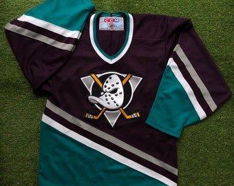 new product ad829 900a6 Vintage 1995 NHL CCM Mighty Ducks Of Anaheim Unisex Small Sportswear Hockey  Jersey Retro Hip Hop Streetwear Mighty Ducks Ice Hockey Jersey
