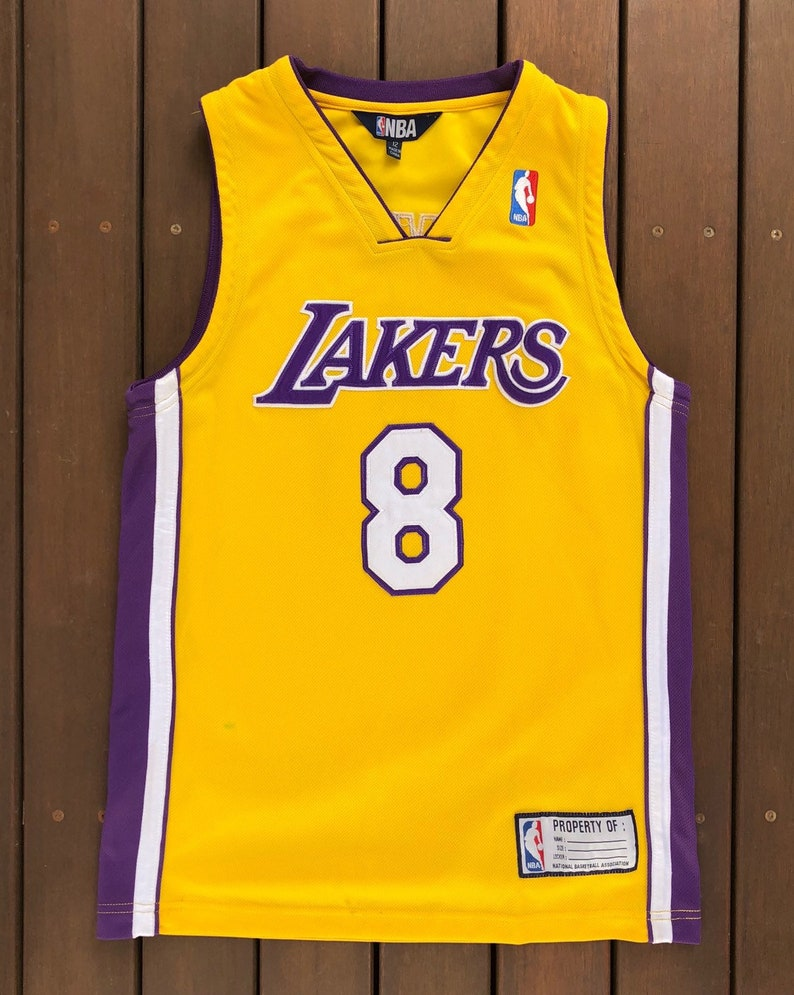bfdde19d0640e Vintage 90's NBA Los Angeles Lakers Kobe Bryant Women's Size 12 Basketball  Jersey Retro Hip Hop Lakers Streetwear Summer Festival USA Bball