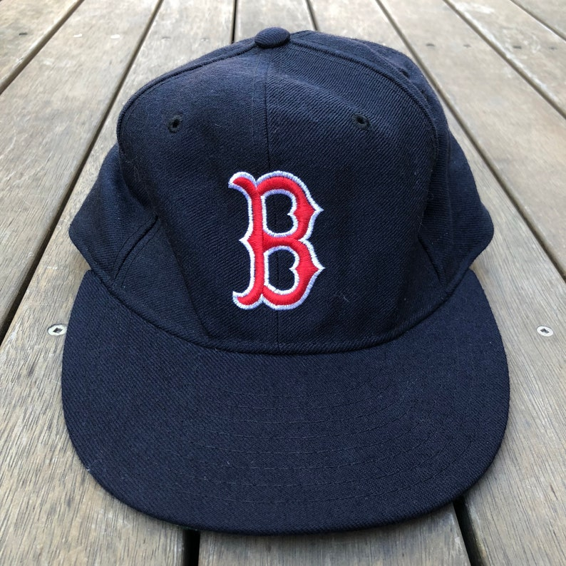 98b575af432d6 Vintage 80 s MLB Boston Red Sox New Era Diamond Collection