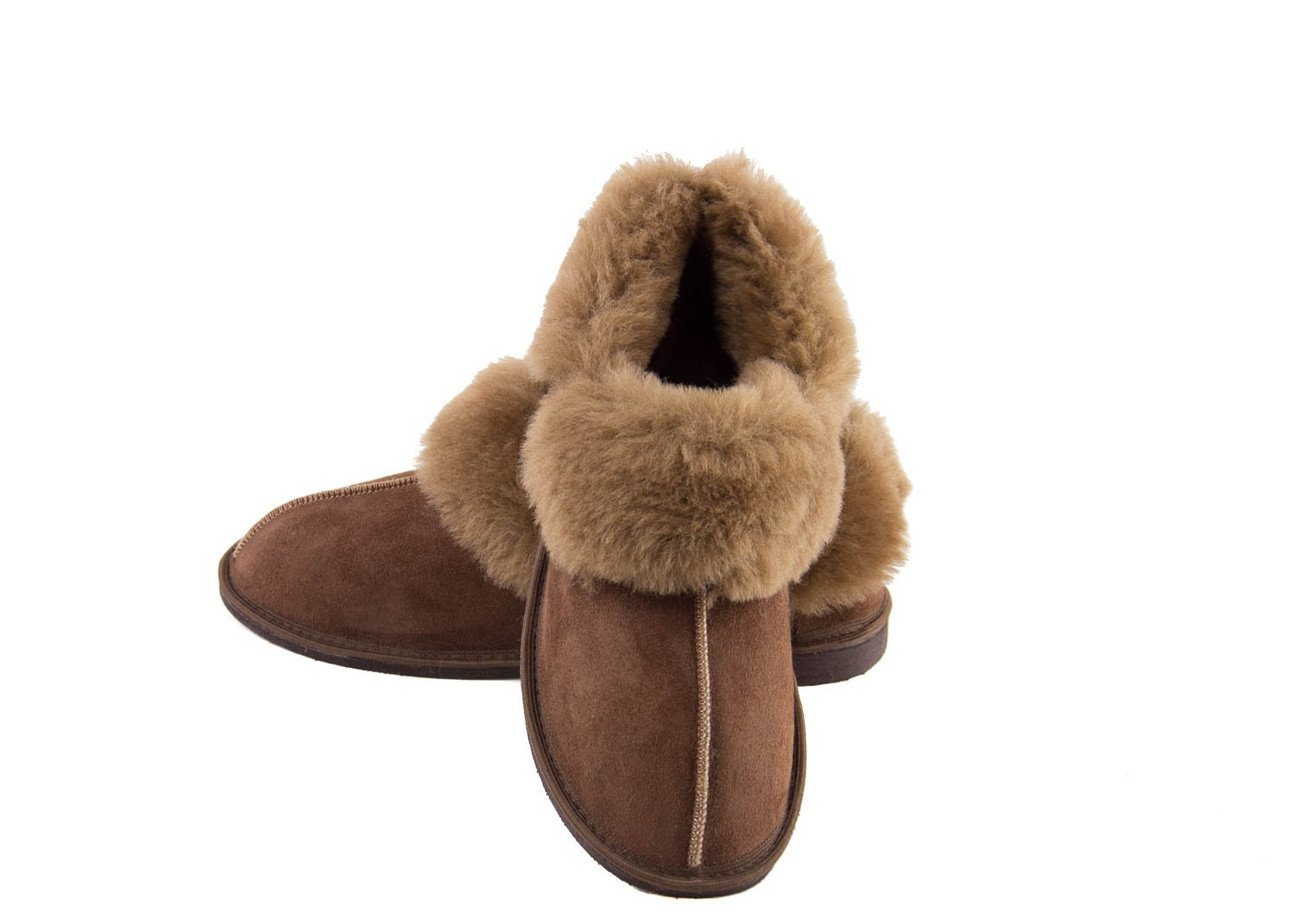 debbf145de8b7 Unisex slippers made from genuine sheepskin with the wool turned in ...