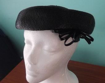 ff6647a3e48 Hattie carnegie hat