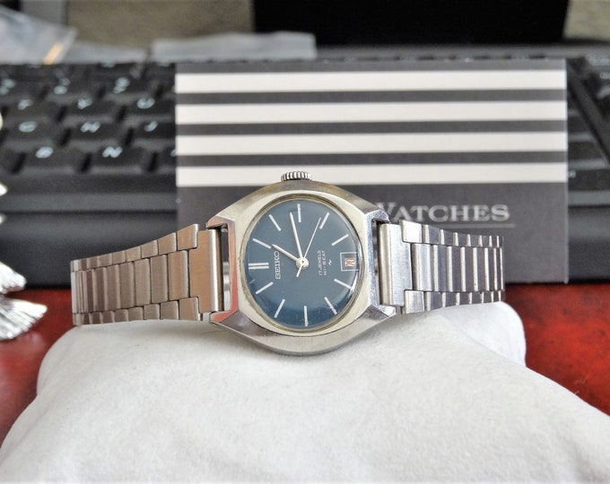 Vintage Seiko Hi Beat Hand Winding 17-Jewels Ladies Watch w/ 14mm St. Steel Band