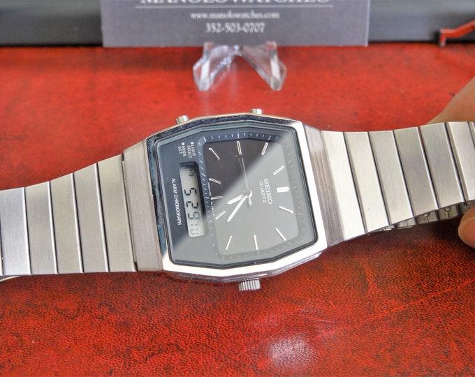 Vtg Seiko Chronograph Analog & Digital Quartz Men's Watch w/ 23mm St. Steel Band