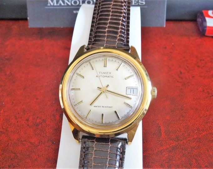 Vintage Timex Gold Tone Automatic Water Resistant Mens Watch w/ 18mm Leather Band!