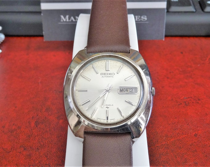 Vtg 1980 Seiko Automatic 21-Jewels Day/Date Men's Watch w/ 20mm Gen Leather Band